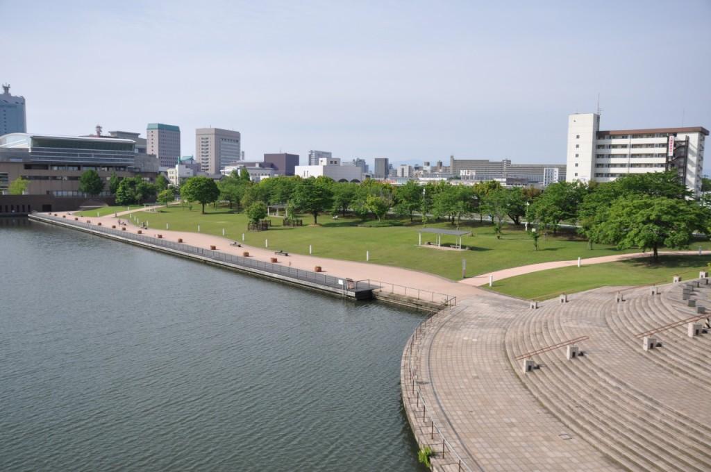 富山環水公園1