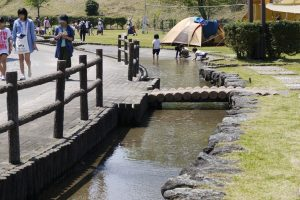 かみいしづ緑の村公園